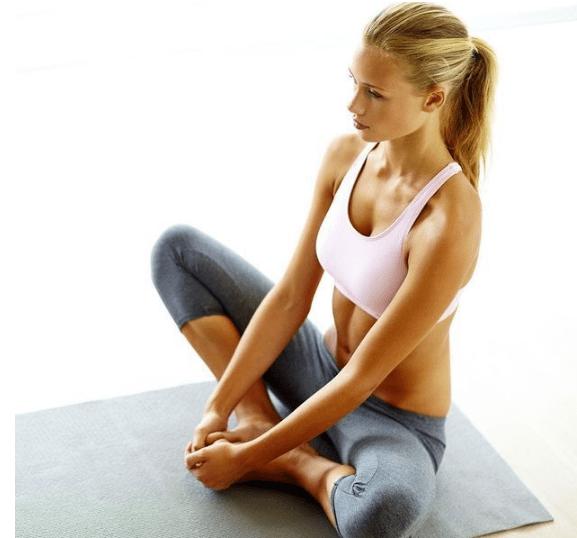 الدليل الشامل حول اليوغا الفوائد و الوضعيات للمبتدئين رشاقة جسمي